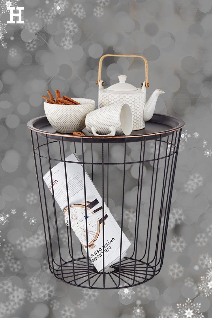 Kleine Accessoires Konnen Grosses Bewirken Die Teekanne Auf Dem Beistelltisch Verspruht Eine Elegante Gemut Wohnen Einrichten Und Wohnen Weihnachten Dekoration