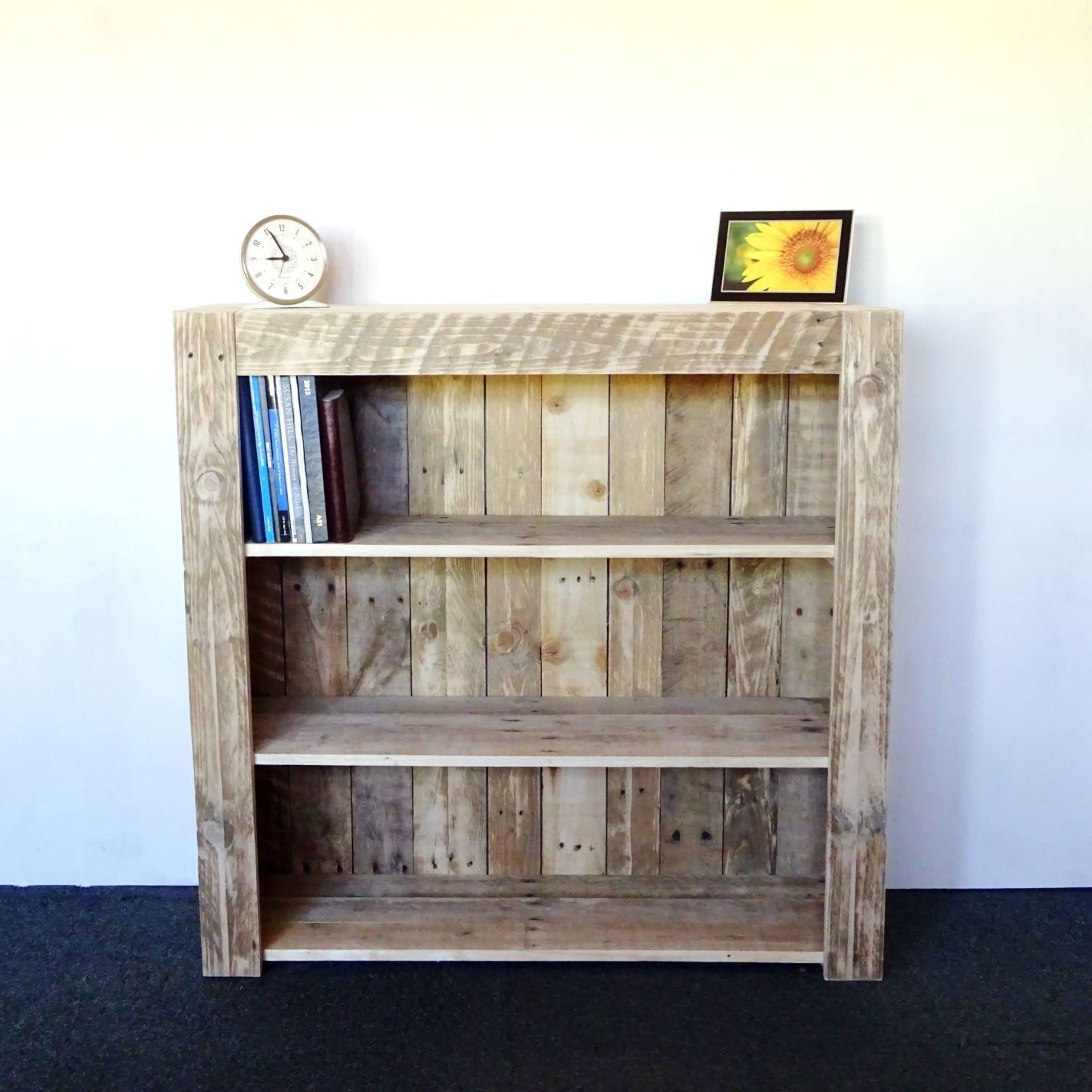 Pallet Bookcase | TRABAJO CON PARIHUELA | Pinterest | Palets ...