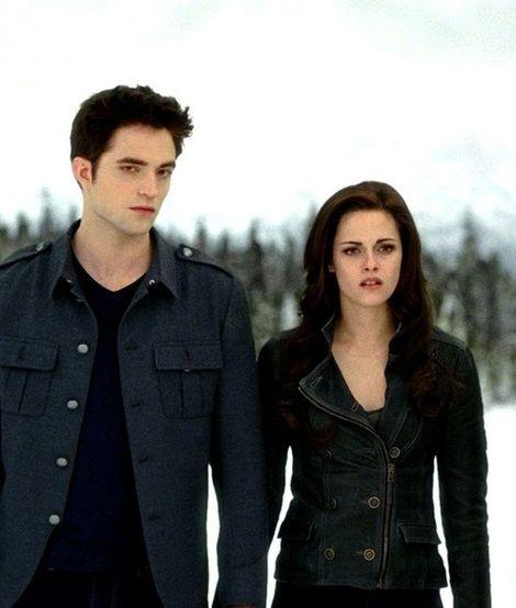 Twilight Saga Breaking Dawn 2 Bella Swan Leather Jacket Twilight Saga Breaking Dawn Twilight Outfits