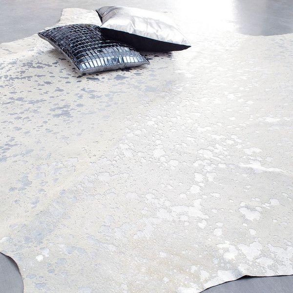 Tapis A Poils Courts En Cuir Blanc 170 X 240 Cm Maisons Du Monde Tapis Tapis Peau De Bete Cuir Blanc