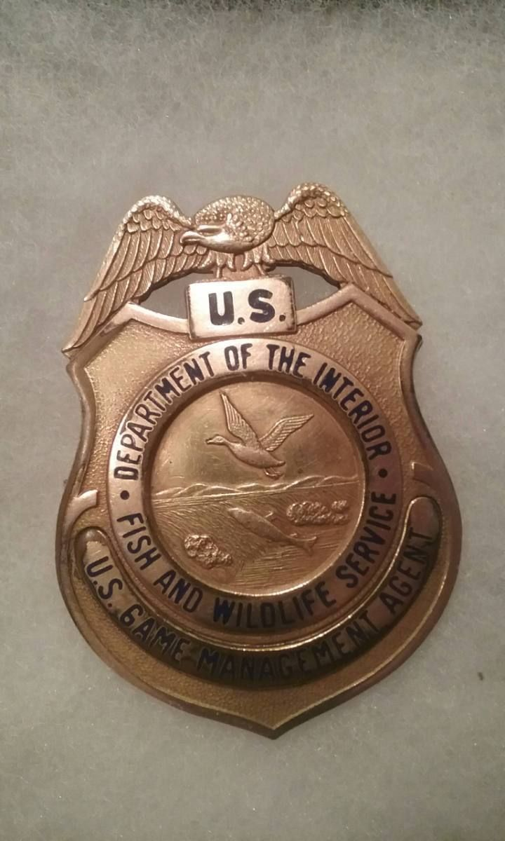 U S Game Management Agent Fish And Wildlife Service Department Of The Interior Badges