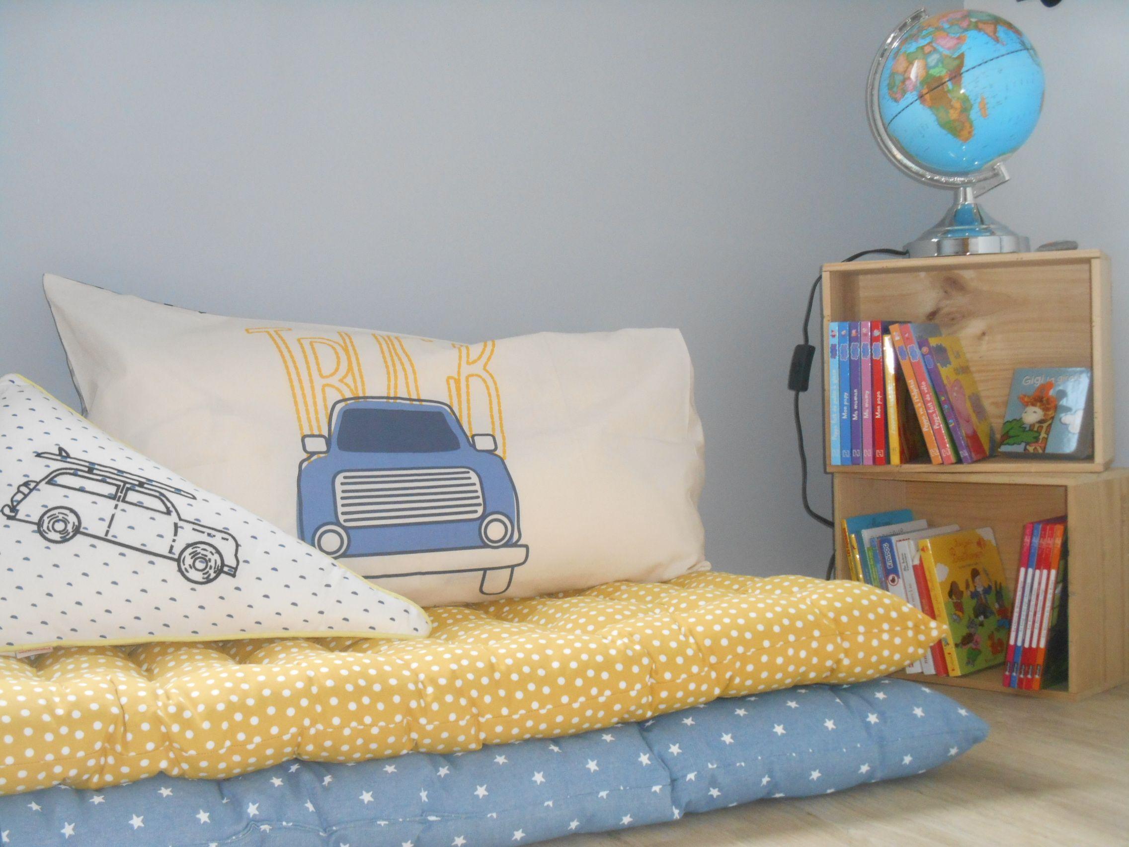 cr ez un coin lecture sympa pour votre enfant avec les matelas de sol vertbaudet mb d co. Black Bedroom Furniture Sets. Home Design Ideas