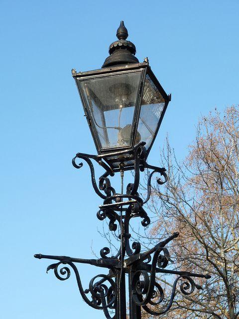 Gas Lamp Temple Post, Gas Lamp Light