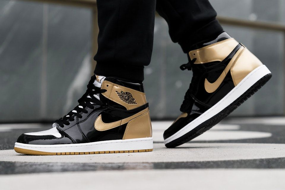 c23676f84794 On-Feet Shots of the Upcoming Air Jordan 1 Black Gold