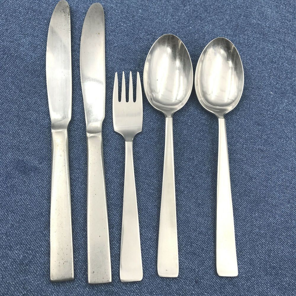 Oneida Deluxe Stainless Flatware Lot LASTING ROSE 4 Oval Soup Spoons 4 Teaspoons