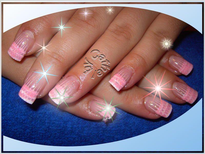 Nageldesign Und Nails Kuenstliche Fingernaegel Weiss Und Pink