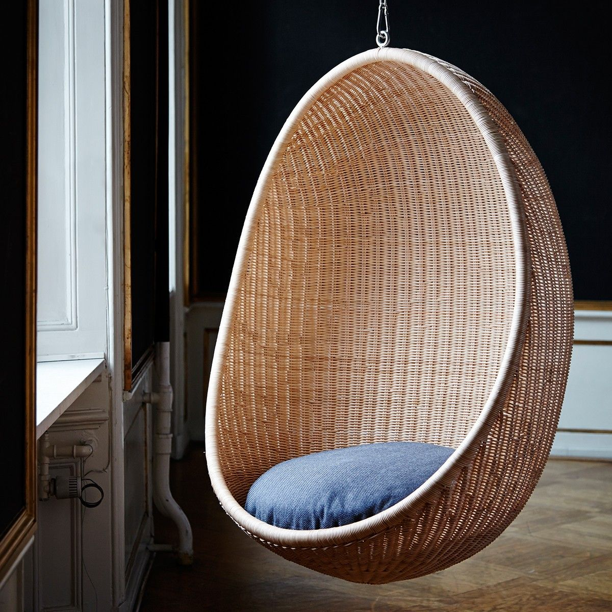 fauteuil suspendre egg sika design sika design. Black Bedroom Furniture Sets. Home Design Ideas