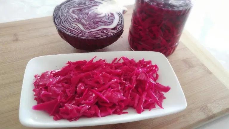 الملفوف الأحمر للتنحيف عصير الملفوف الاحمر للتنحيف مجلة رجيم Food Cuisine Cooking