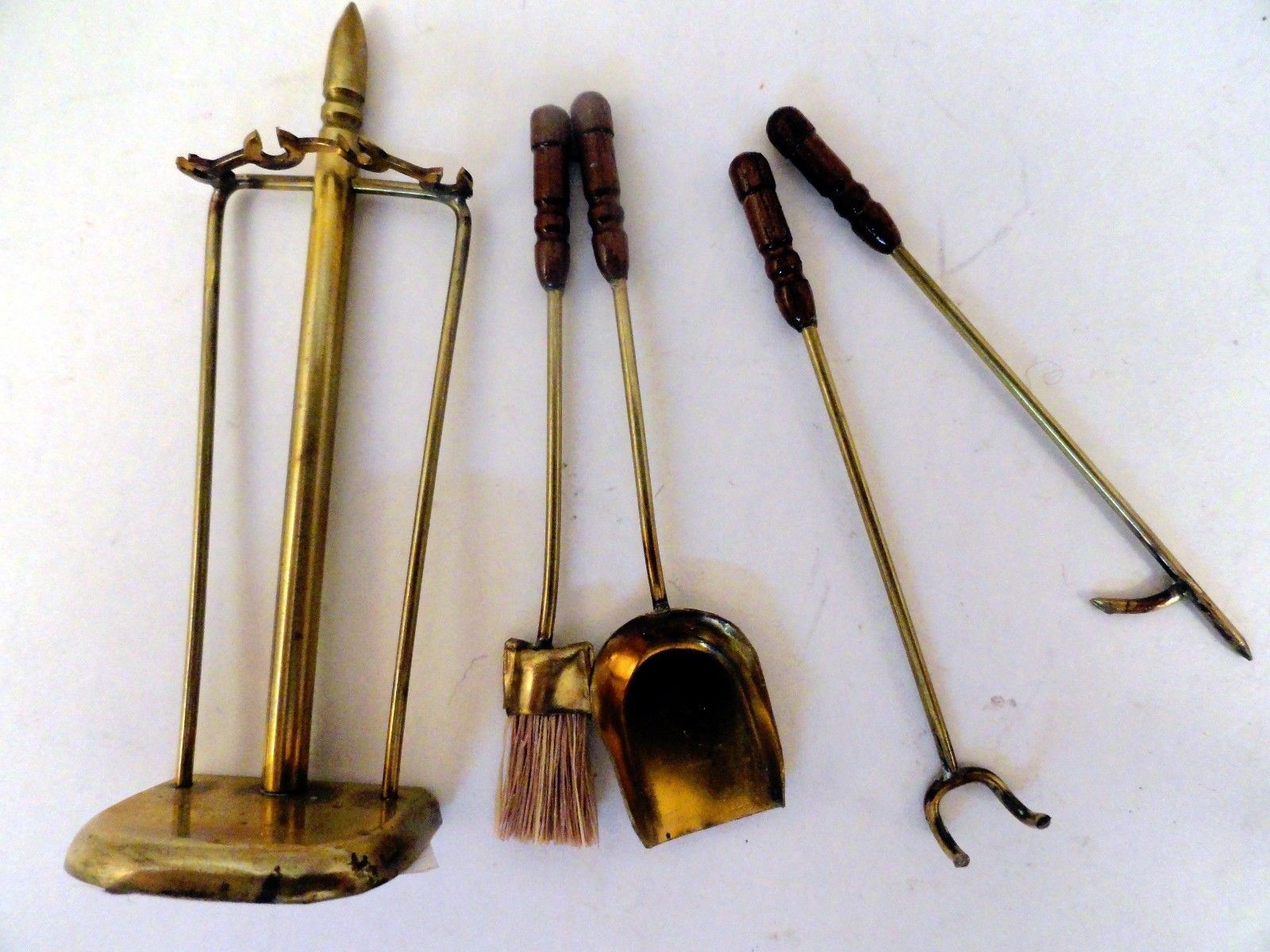 Fine Brass Fireplace Tool Set with 4 Pieces by Smaller Scales ...