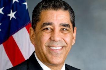 Alcalde de NY apoya a senador Espaillat en primarias de septiembre | NOTICIAS AL TIEMPO