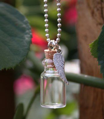 6232a82380882 Memorial Ashes Holder Urn Bottle Necklace w/ Angel Wing | Memorial ...