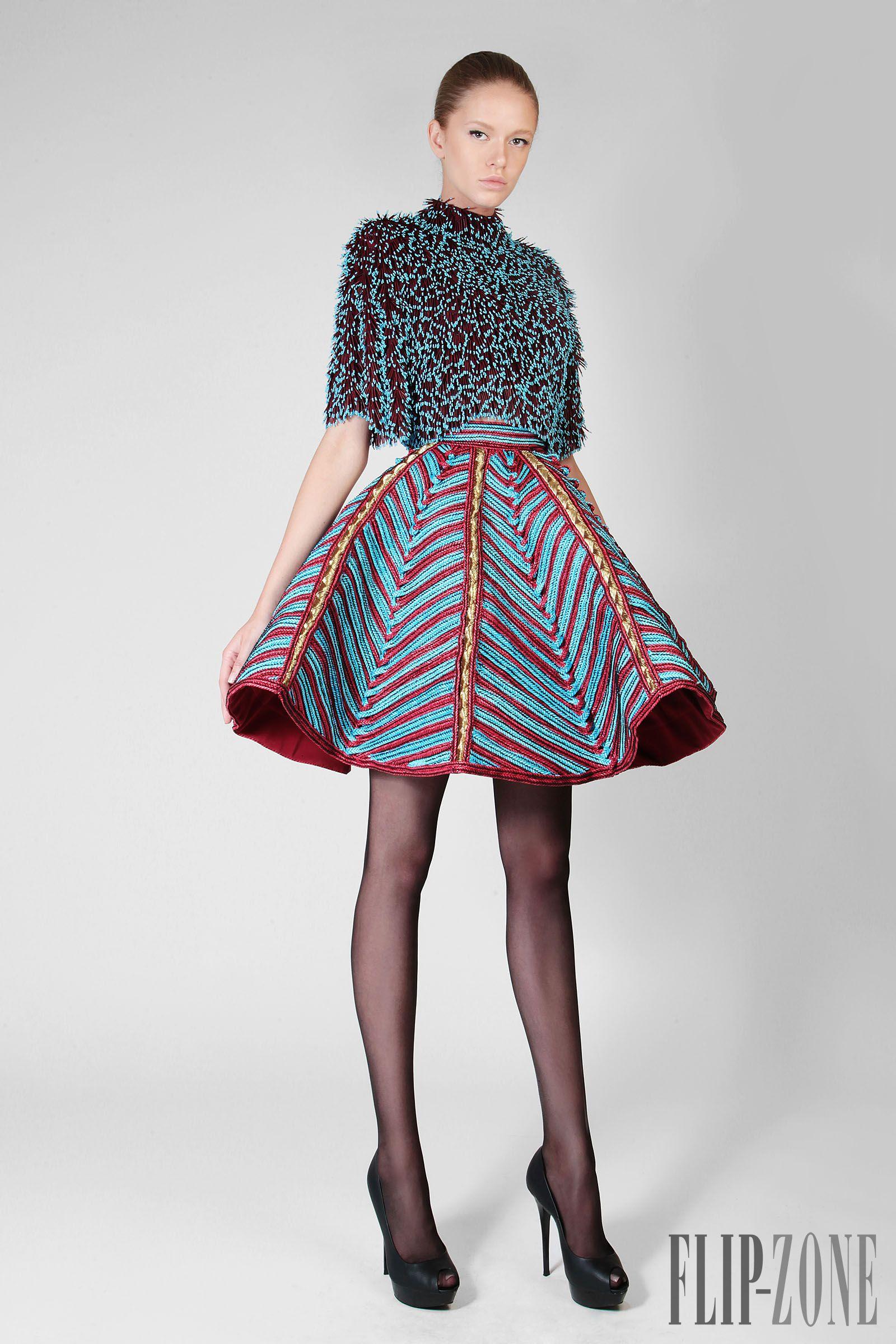 "Rami Kadi ""Un souffle d'Orient"", F/W 2014-2015 - Couture - http://www.flip-zone.net/fashion/couture-1/independant-designers/rami-kadi-4818"