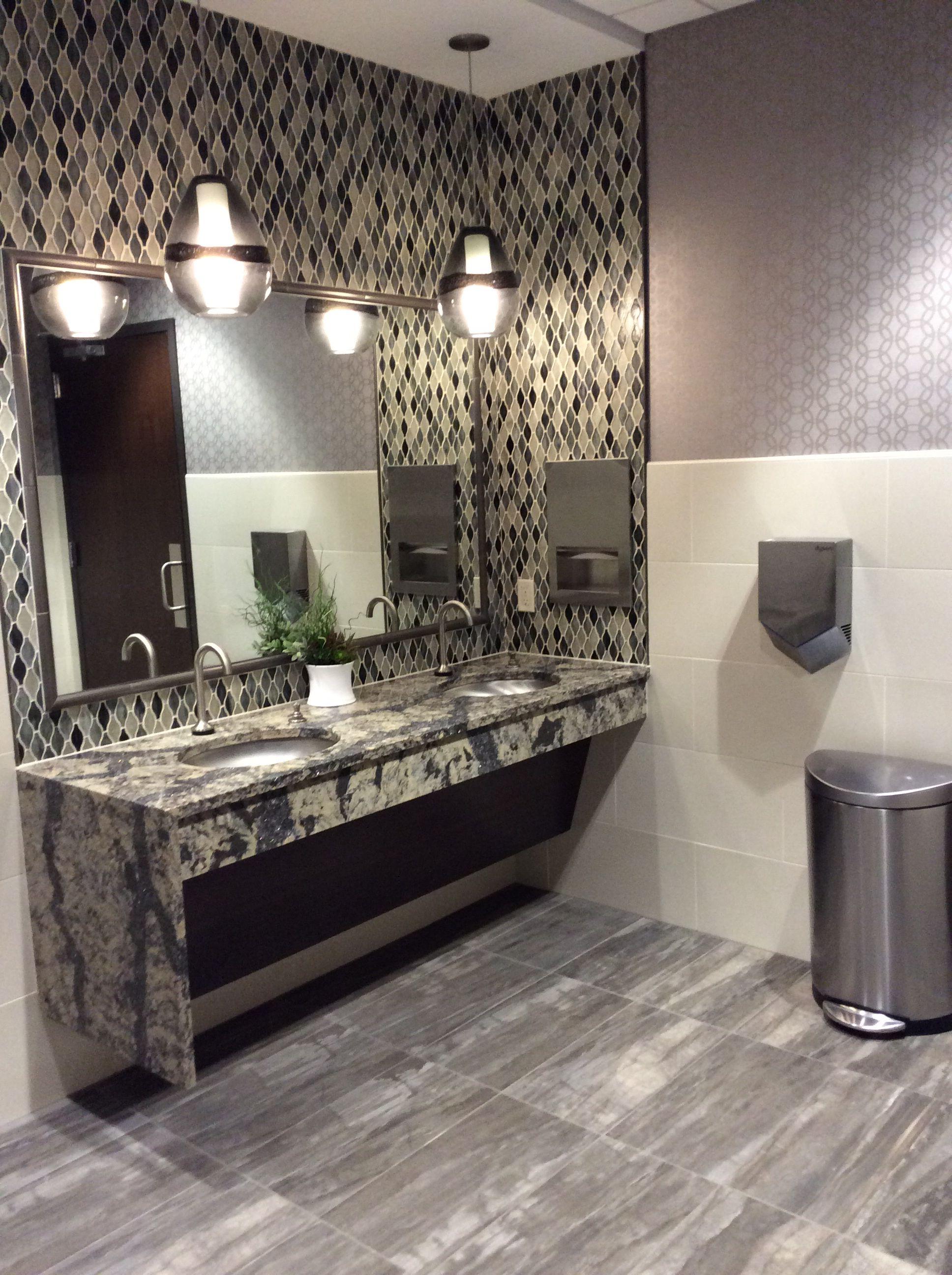 Pin by Daltile Canada on Bathroom Daltile, Bathroom