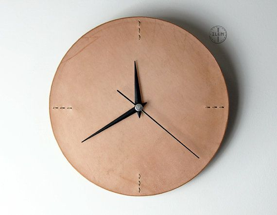 Minimalist Wall Clock Leather Wall Clock For By Ilemleathergoods The Clock Is Made From Quality Leather On Face And Fixed With Wood モダンな時計 キッチンのペンダント照明 壁掛け時計
