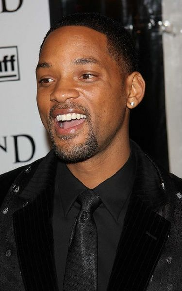 """""""If it was something that I really committed myself to, I don't think there's anything that could stop me becoming President of the United States.""""  Will Smith"""