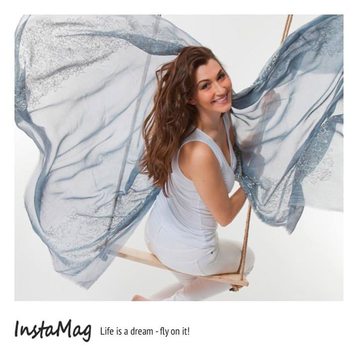 Life is a dream - fly on it! ___________________________ #richiamiscarves #scarves #madeinitaly #accessories #instagood #instastyle #instafashion #instacool #instadaily #instalike #fashionph #fashionable #fashionpost #fashiongram #fashionstyle #fashionlovers #fashioninsta #fashiondaily #fashiontrends #fashionaccessories #springfashion #springcolors - http://ift.tt/1HQJd81
