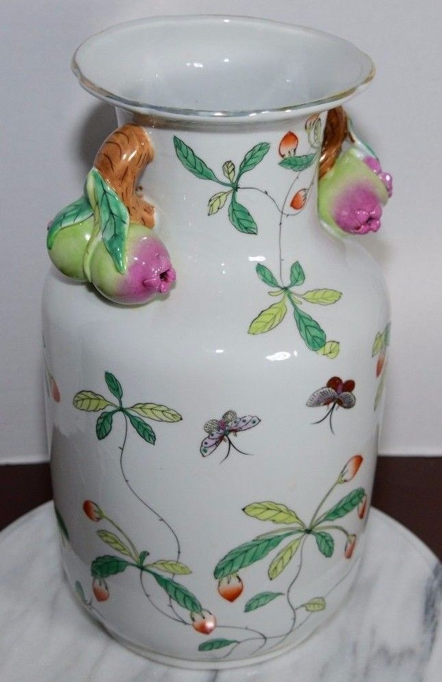 chinese export hand painted porcelain fruit handled vase