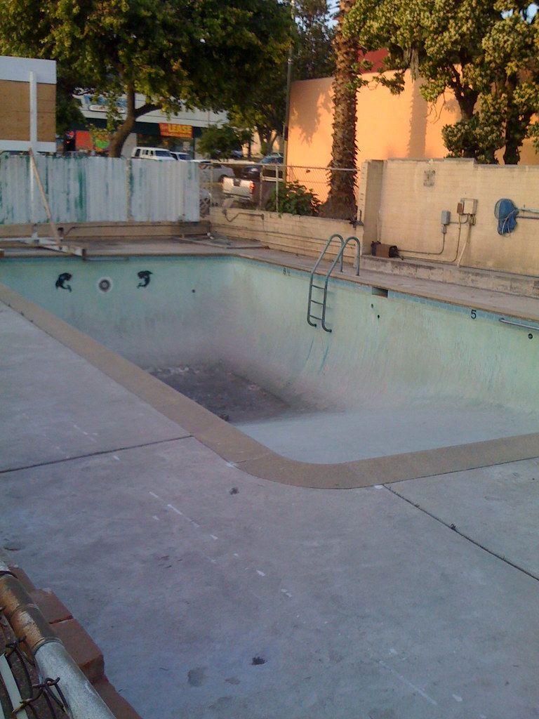 Flickr: The Vintage Pool Party Pool