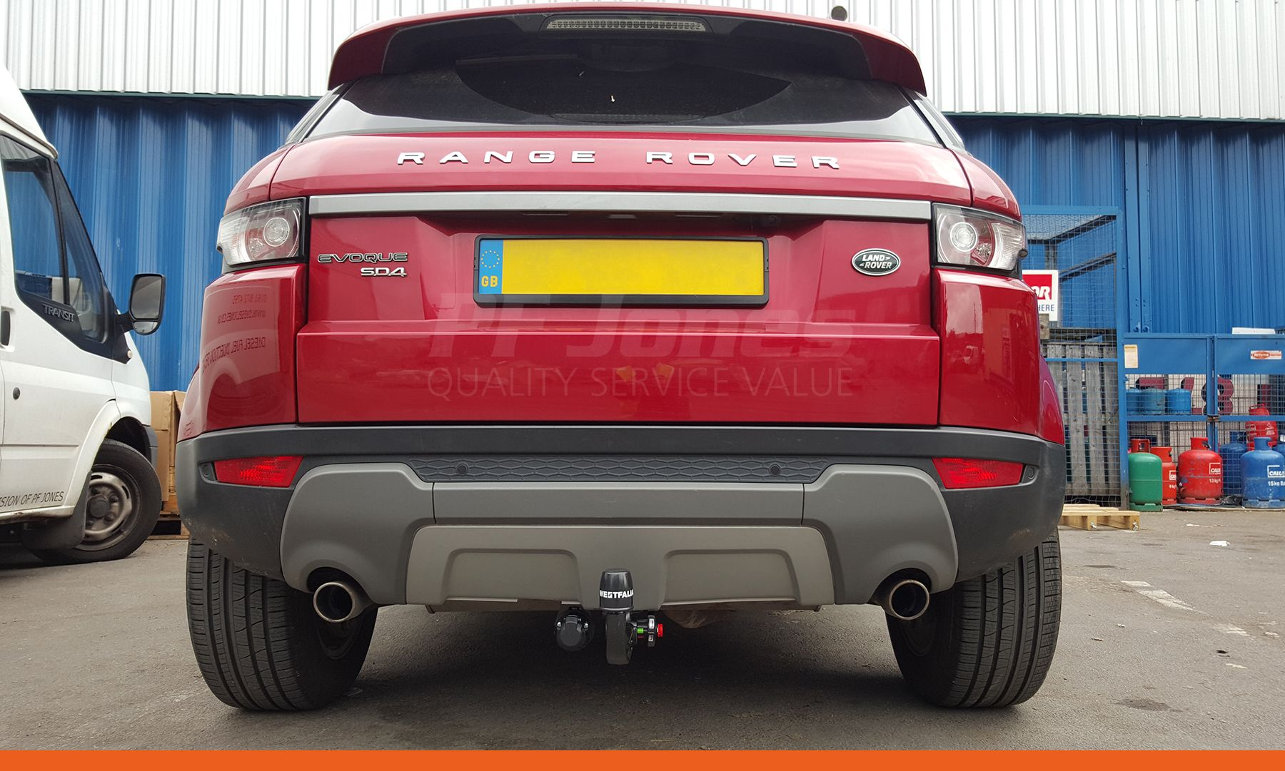 Land Rover Range Rover Evoque Fitted With A Westfalia Detachable