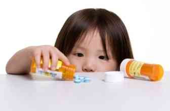 How to medically care for your children (naturally). Some great info here.  dangerous drugs, pediatric, emergency, pharmaceuticals, drugs