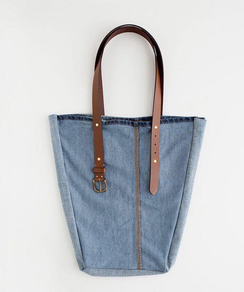 comment faire un sac en jean patrons gratuits tutos et id es de d co couture pinterest. Black Bedroom Furniture Sets. Home Design Ideas