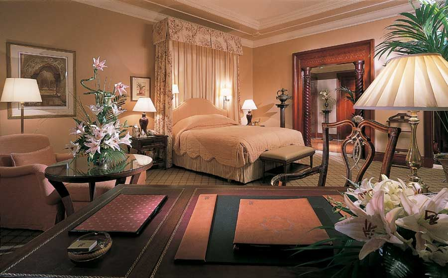Carlton Dubai is one of the finest and most luxurious hotels in Dubai