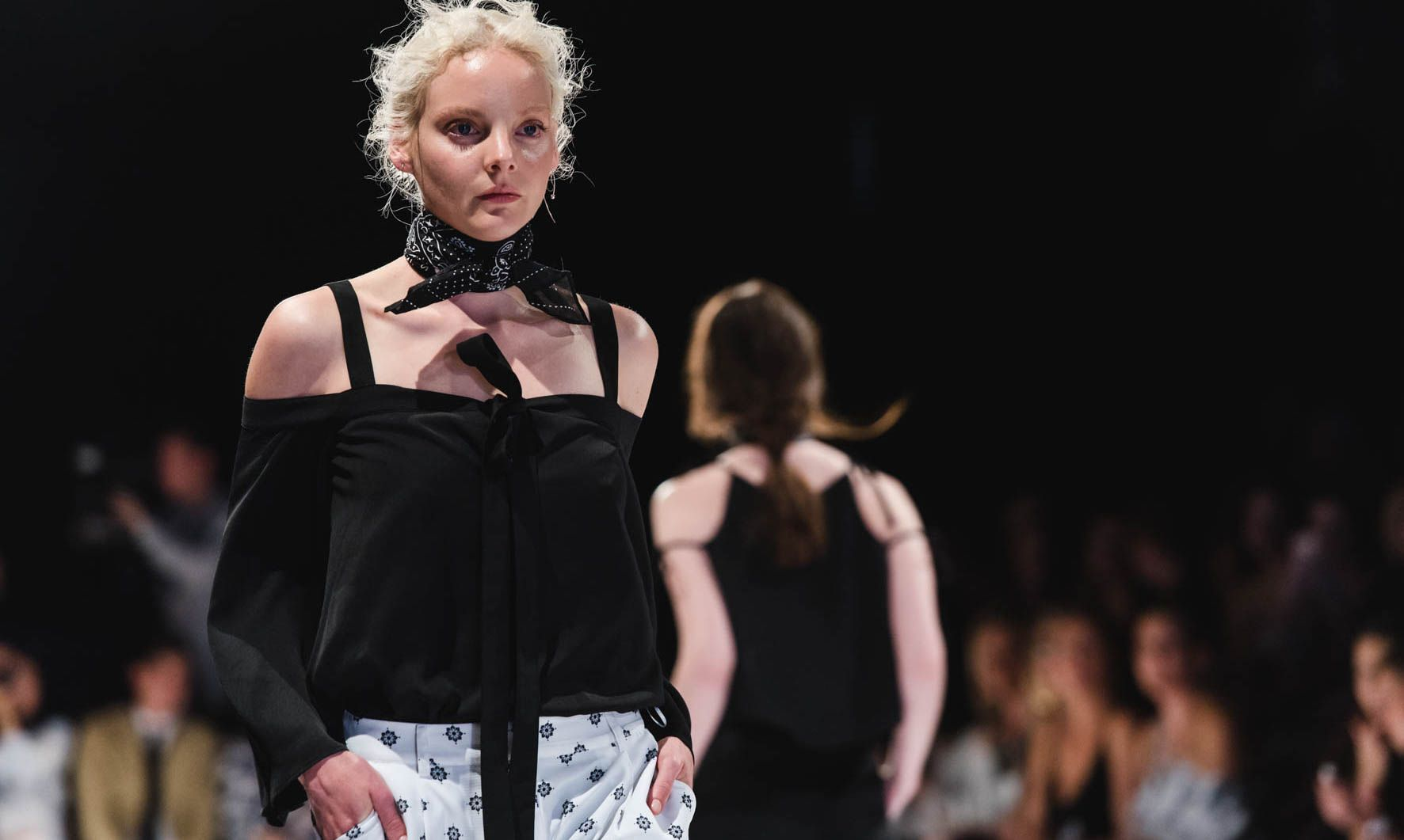 Runway Lights Up At Adelaide Fashion Festival The Lead Fashion Festival Fashion Women