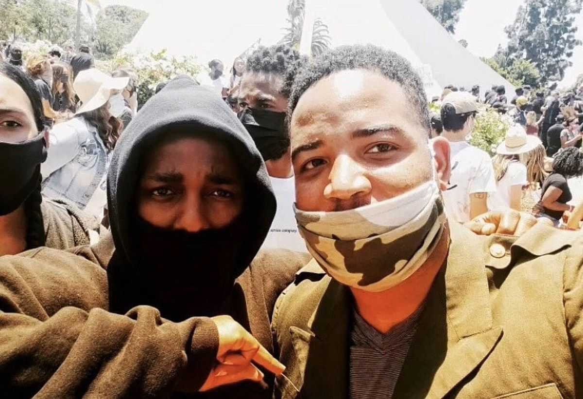 Kendrick Lamar Joins Protesters In Compton Standing Up Against The Odds And Uplifting Our Community Is Foundat Kendrick Lamar Protest Songs Documentaries