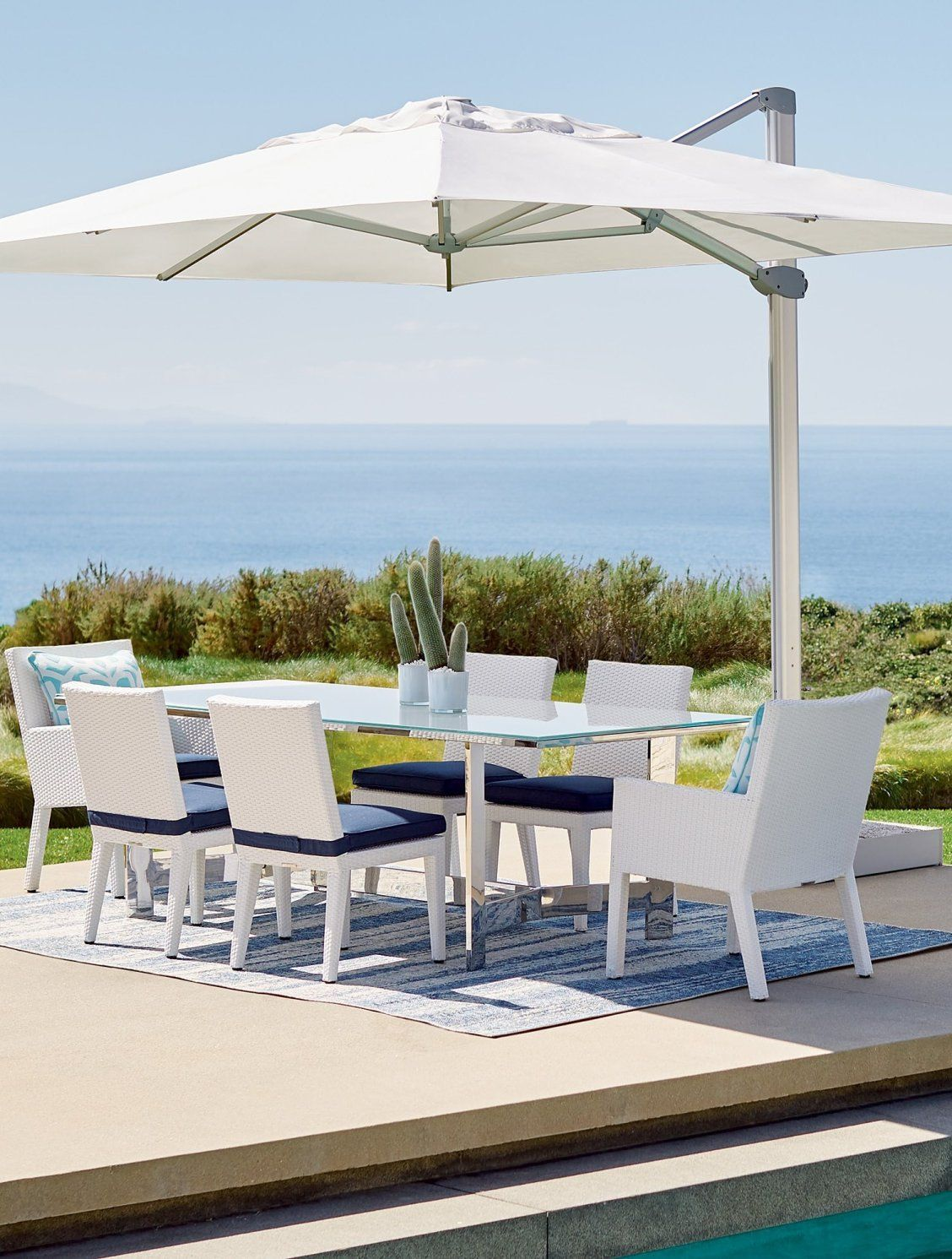 11 Cantilever Round Side Mount Umbrella Frontgate Patio Round Dining Set Outdoor Furniture