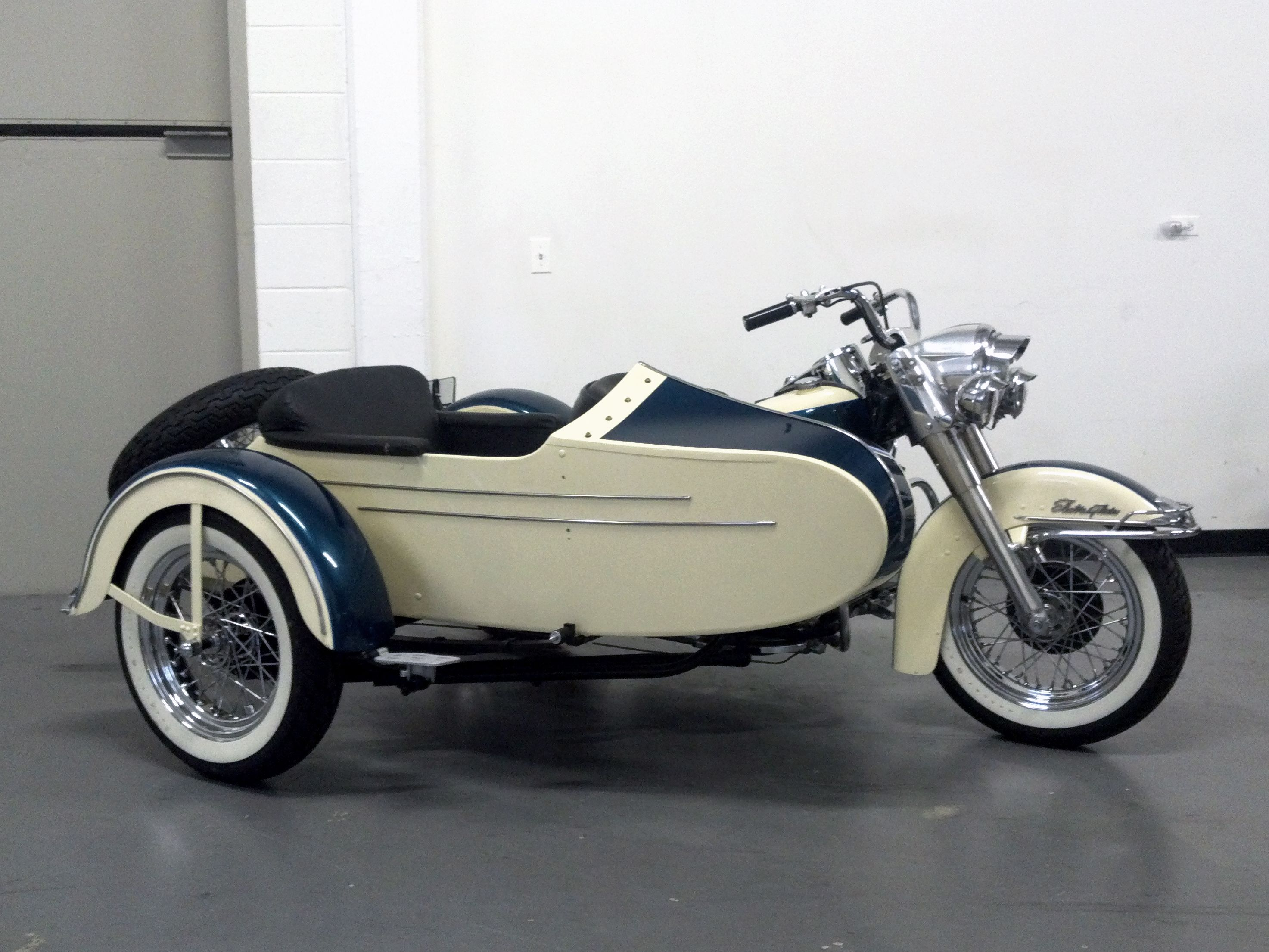 1966 FL 74 Shovelhead 1 of 50 made with factory sidecar