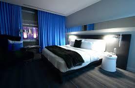 habitación azul blanco y negro especial para aquellos que aman el ...