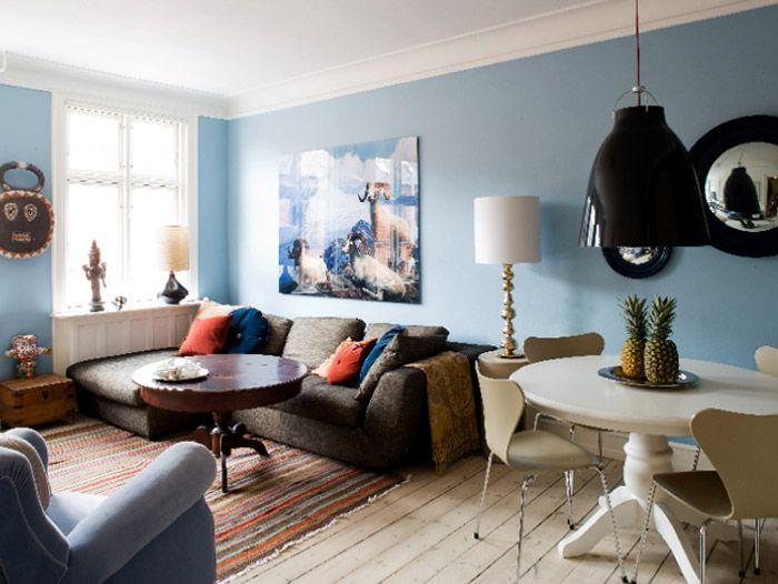 small apartment with big colour, orange + blue + neutrals ...