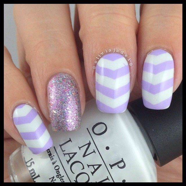 Polishes: OPI My Boyfriend Scales Walls, CG Full Spectrum and MdU 16 Stamping Cheeky