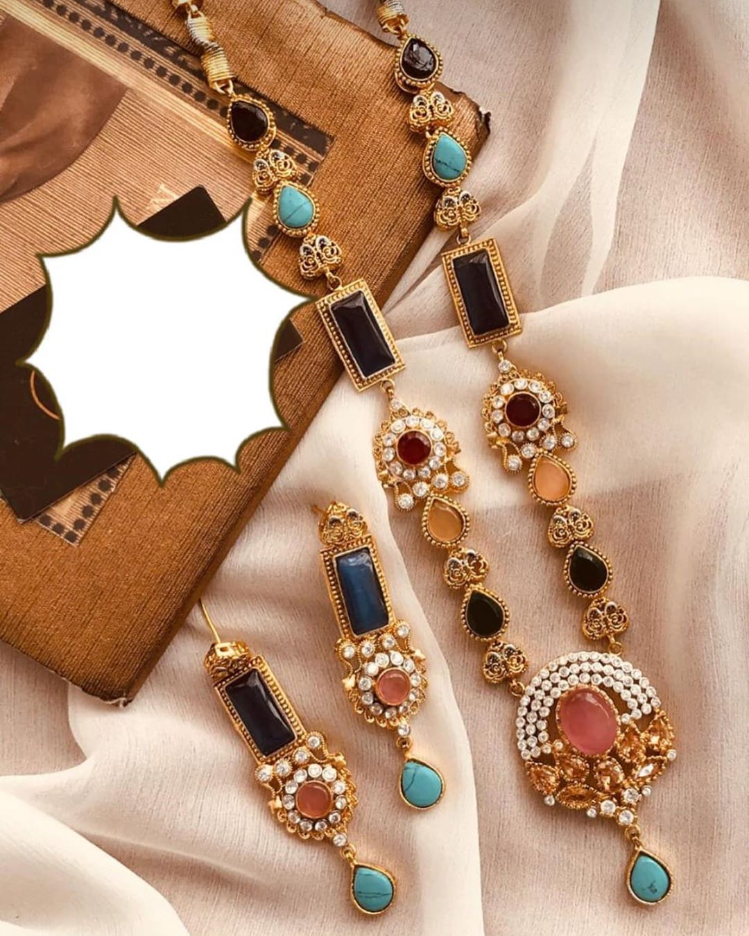 Whatsapp 03333063187 Karachi Delivery Charges 200 Out Of Cities 250 We Ship World Wide Book Order At Website Http In 2020 Jewelry Lover Jewelry Design Jewelry