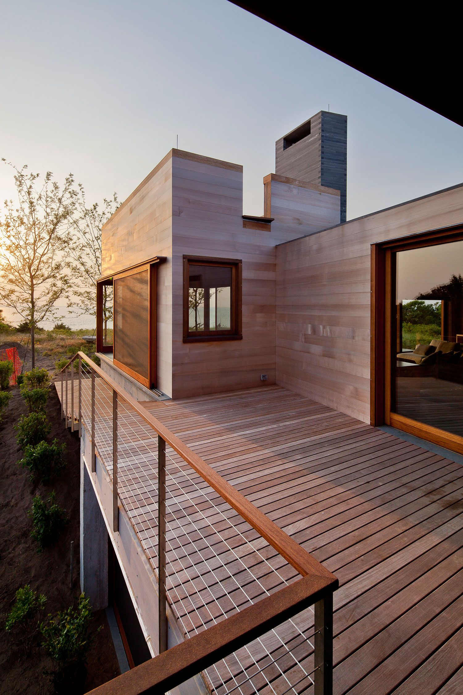 Poteau Terrasse Bois Naturally Accommodating Architecture Poteau En Bois