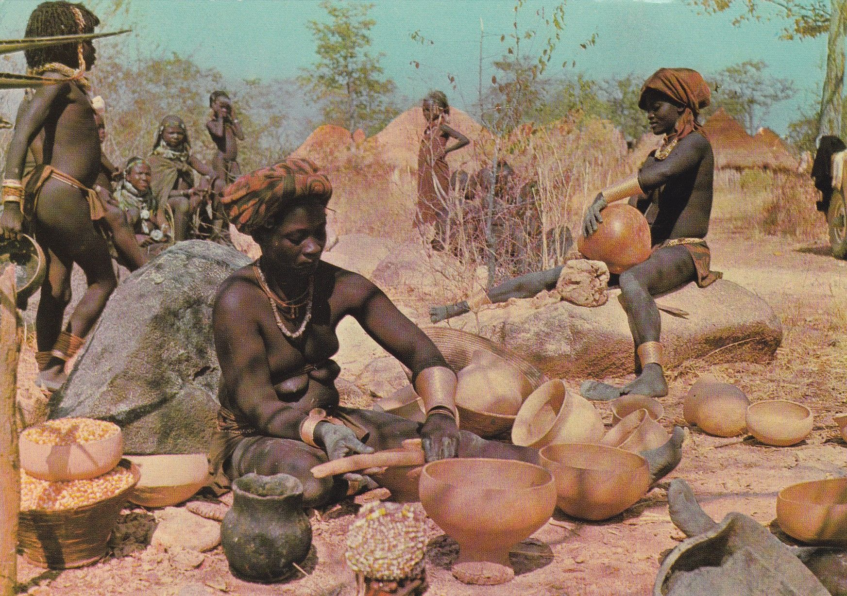 312 - Angola - Oleiras Mucubais