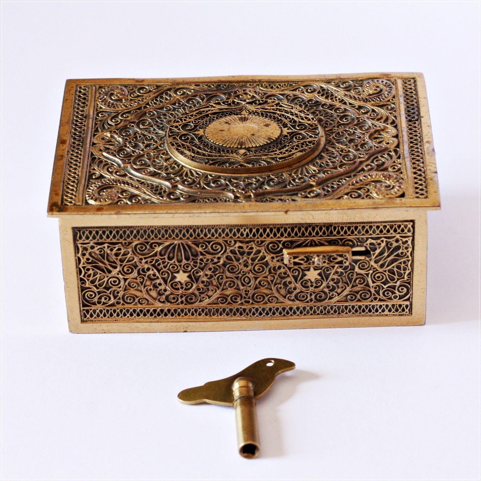 antique music box -