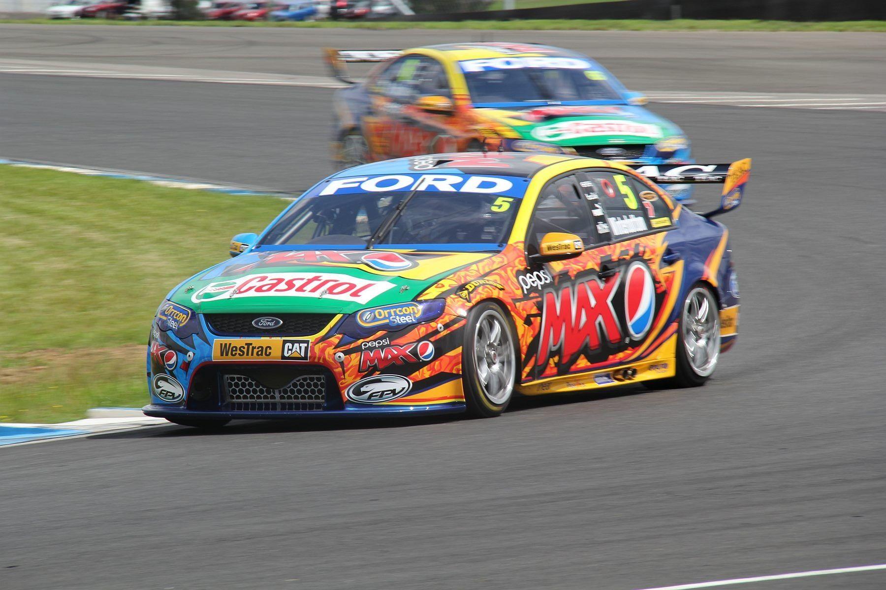 Winterbottom And Davidson Super Cars V8 Supercars Australia V8 Supercars