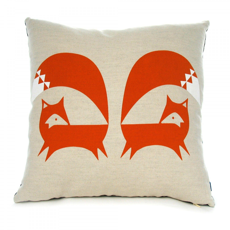 at adam screen pillow hunt pm grey trest shot fox