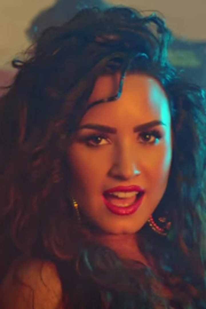 "Demi Lovato and Luis Fonsi ""Echame La Culpa"" Music Video"