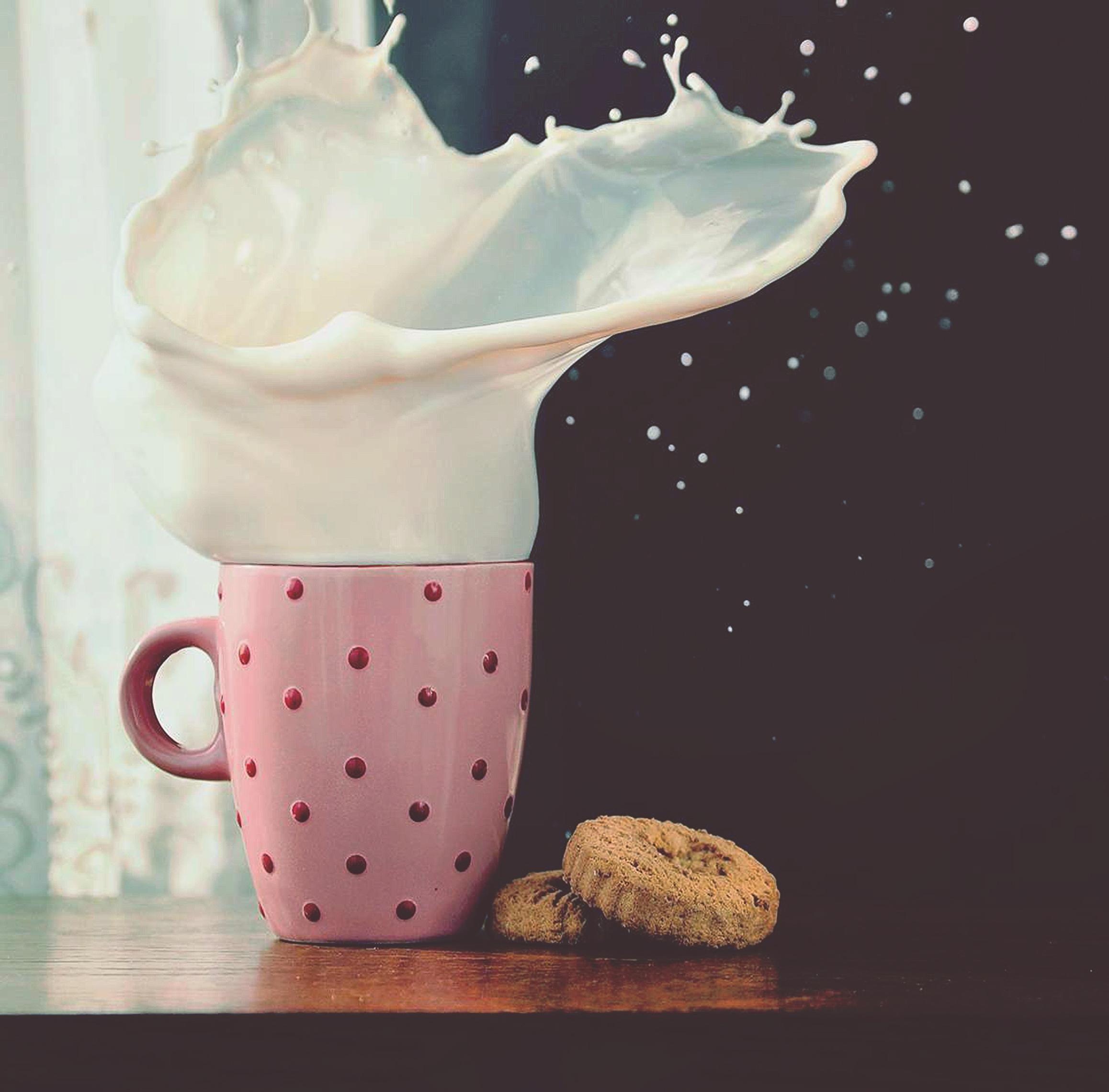 Itap Of A Cookie Splash Satisfying Pictures This Is Water Splash Hd wallpaper milk splash cookies mug