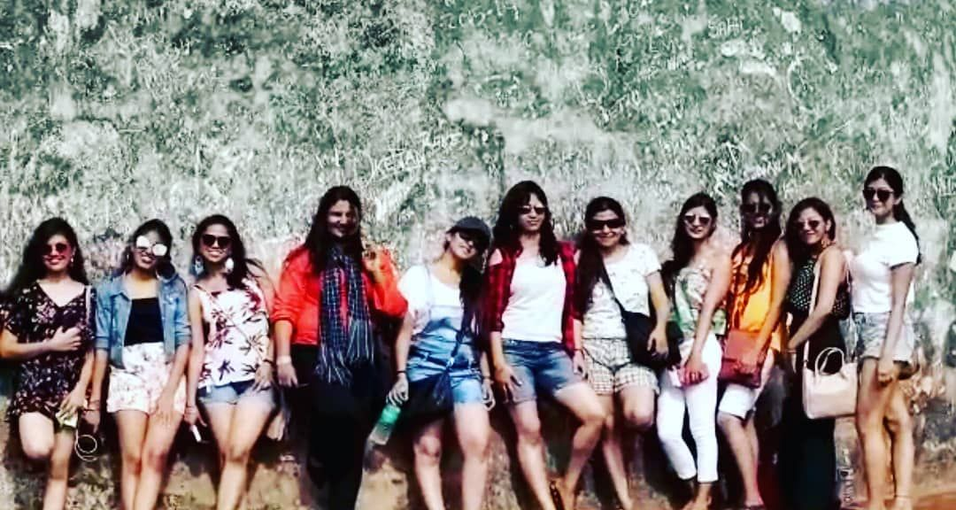 The gang! You would be lying if you have not wanted to do a Goa trip with your school/college friends. It's freaking Goa!  #photography #holiday #holidays #travel #holidayfun #vacation #holidayparty #instagood #holidaymemories #holidayphotos #holidaymakeup #holidaylove #love #holidaynight #holidayspecial #holidaylook #travelgram #travelphotography #holiday2017 #holidayweekend #holidaygift #holidayz #beach #holidaygiftideas #snsd #nature #fun #jugnitravel #wanderwomaniya