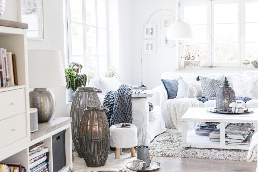 Hygge Home mit Laternen und Kerzen • Pomponetti