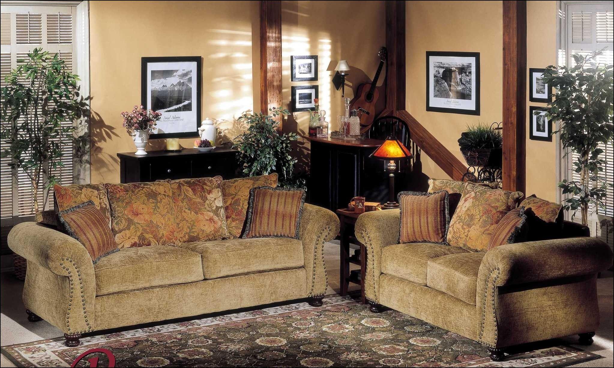 Small Traditional Sofas