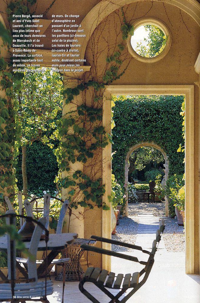 Bosc Architectes Michel Semini Paysagiste Jacques Grange Decorateur Mas De Pierre Berge A Saint R French Garden Design Garden Design Garden Design Images