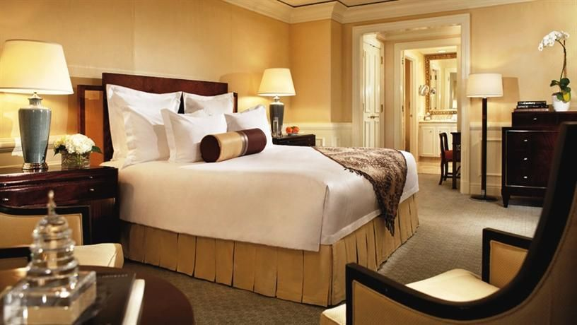 Hotel Deal Checker The RitzCarlton, Washington DC One