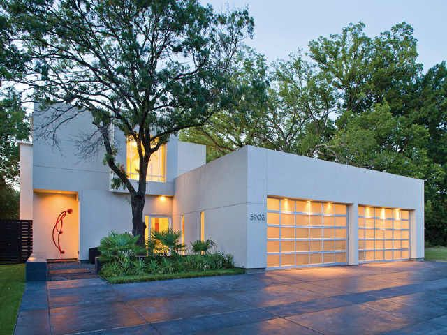 wonderful modern houses in dallas #7: Celebrity Homes: Majestic Modern Home in north Dallas, Texas - 5903  Lakehurst Ave.