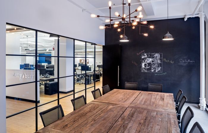 Daily Burn Offices New York City Office Snapshots Modern Office Interiors Modern Office Design Loft Office