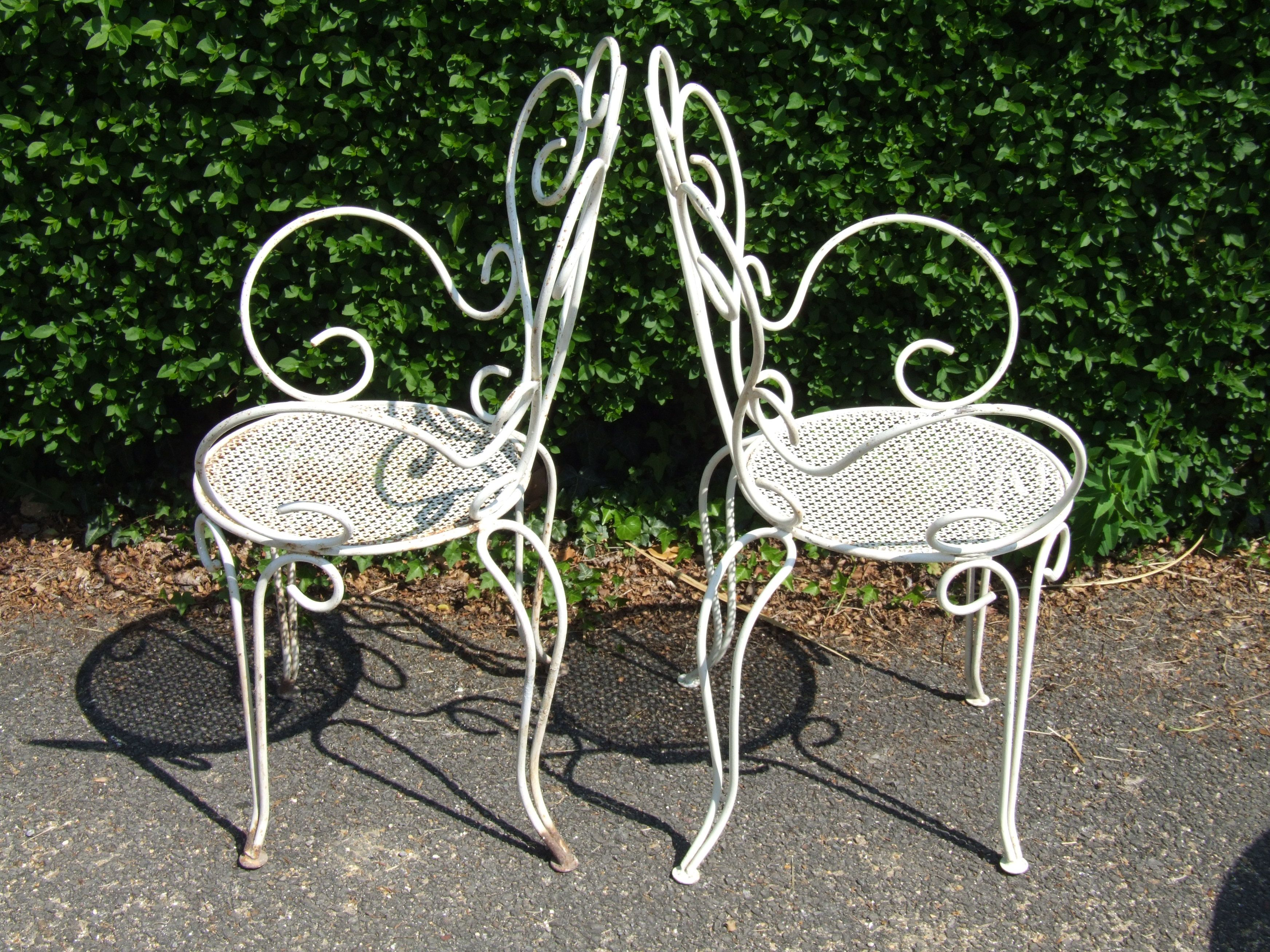The Use Of Metal Garden Chairs Metal Garden Chairs Wrought Iron