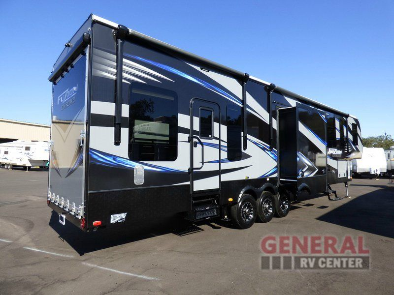 New 2015 Keystone Rv Fuzion 403 Chrome Toy Hauler Fifth Wheel At